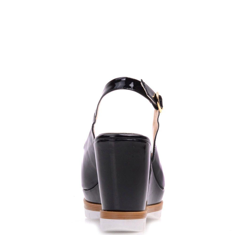 Лаковые босоножки Prego из кожи черного цвета на высокой танкетке с открытым носочком