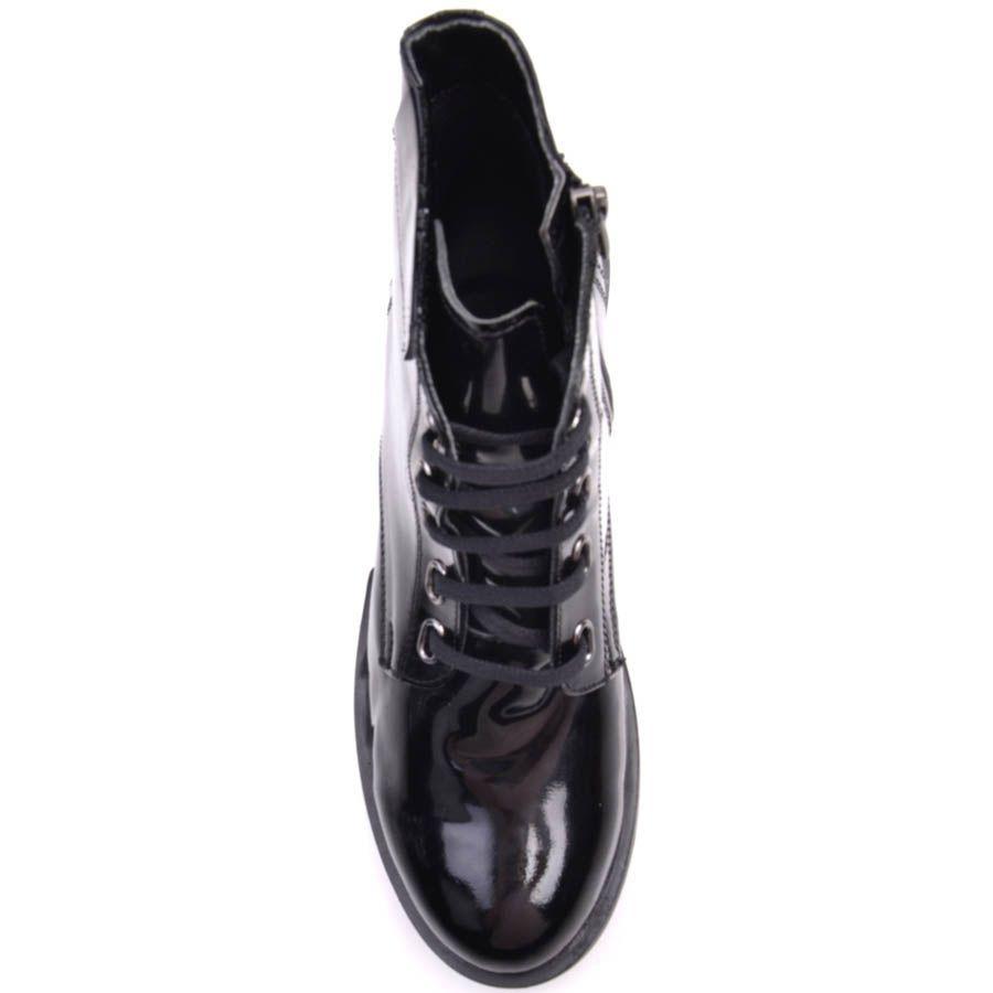 Ботинки Prego черные лаковые с прямоугольными отверстиями для шнурков