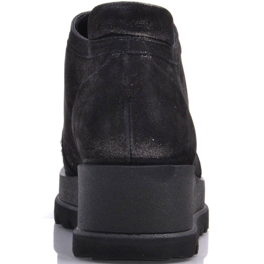 Ботинки Prego черного цвета замшевые обильно украшенные стразами