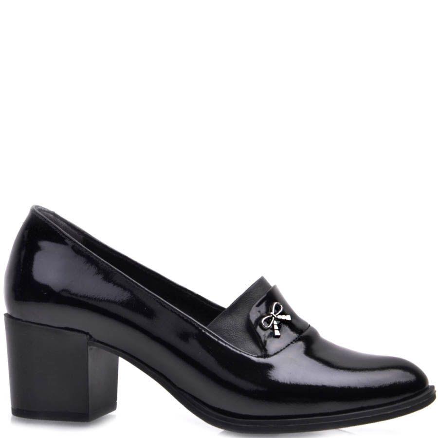 Туфли Prego лаковые черного цвета на устойчивом каблуке и с тонким металлическим бантиком