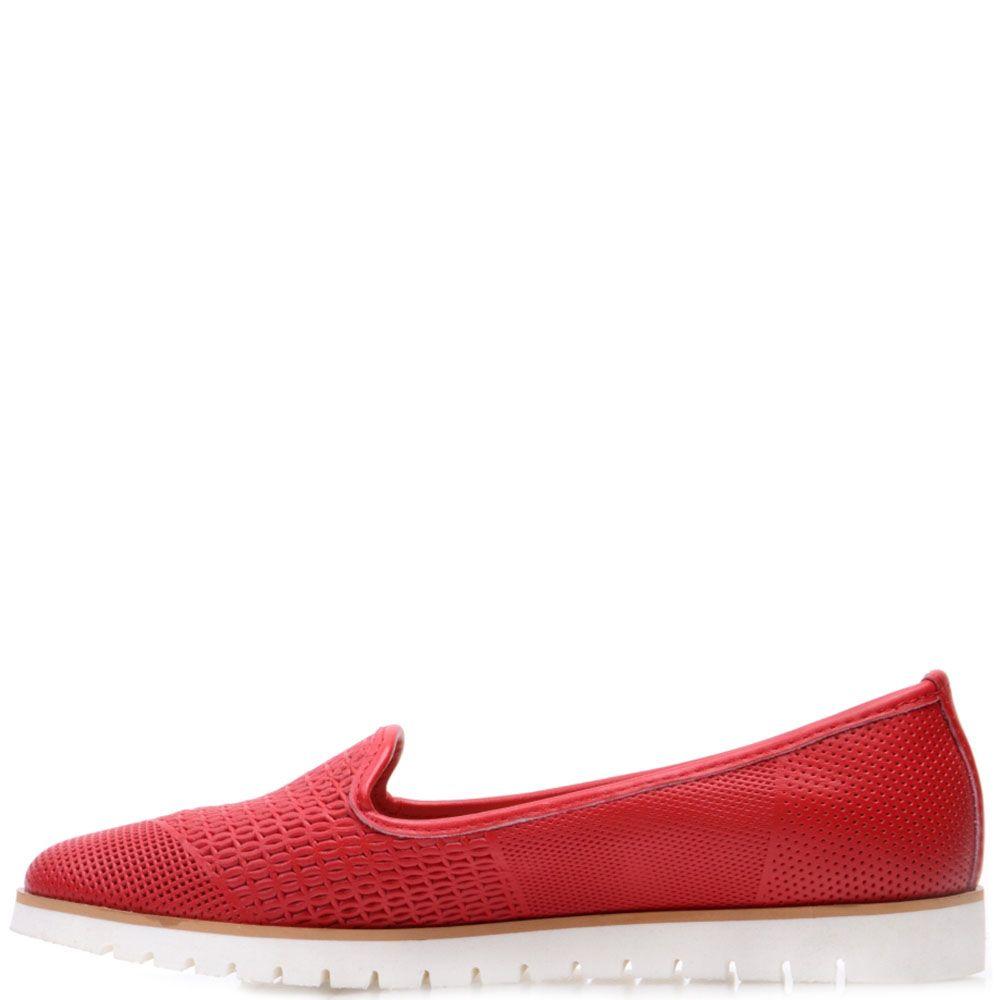 Кожаные туфли Prego красного цвета на белой подошве