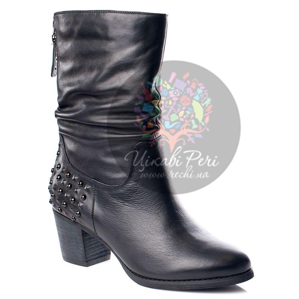 Полусапожки It Girl кожаные черные с декором-шипами и заклепками