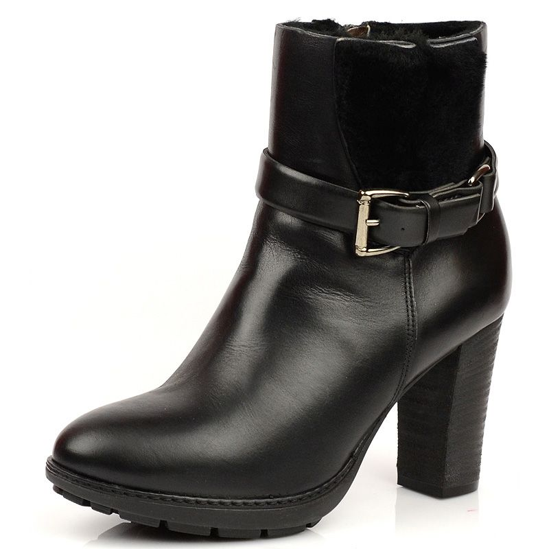 Черные зимние ботиночки на меху Tosca Blu