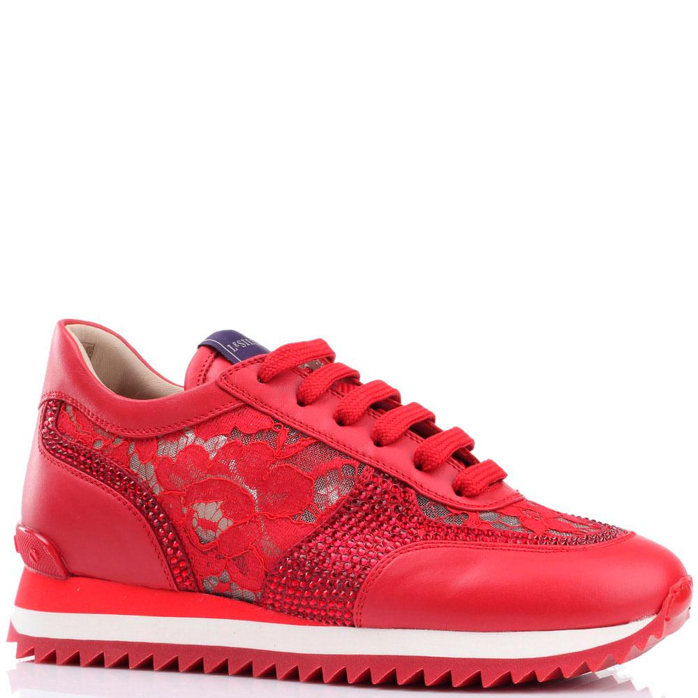 Красные кроссовки Le Silla с кружевными элементами