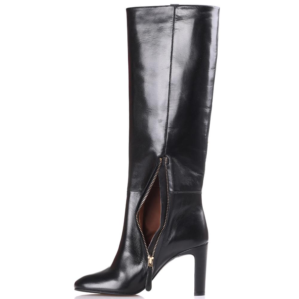 Сапоги Emporio Armani черного цвета на высоком каблуке