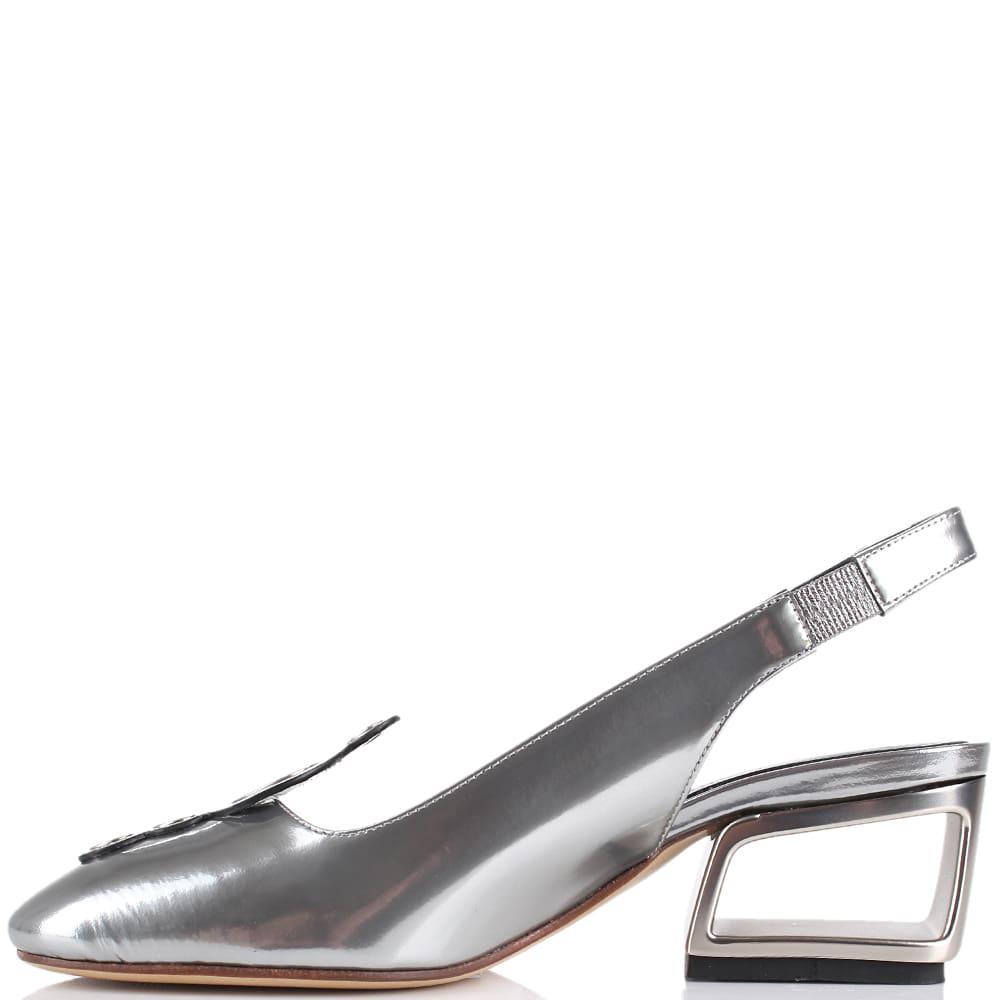 Босоножки с закрытым носочком Premiata серебристого цвета