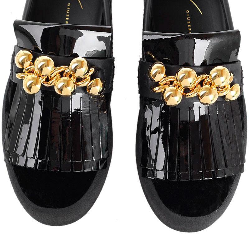 Черные слипоны из комбинации бархата и лаковой кожи Giuseppe Zanotti с золотистым декором