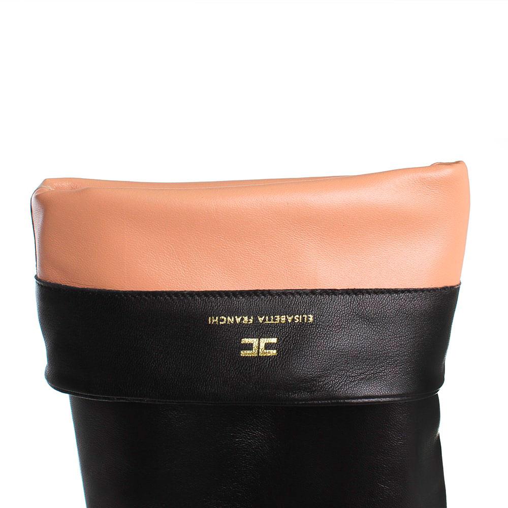 Кожаные черные сапоги Elisabetta Franchi на толстом каблуке декорированном заклепками и звездами