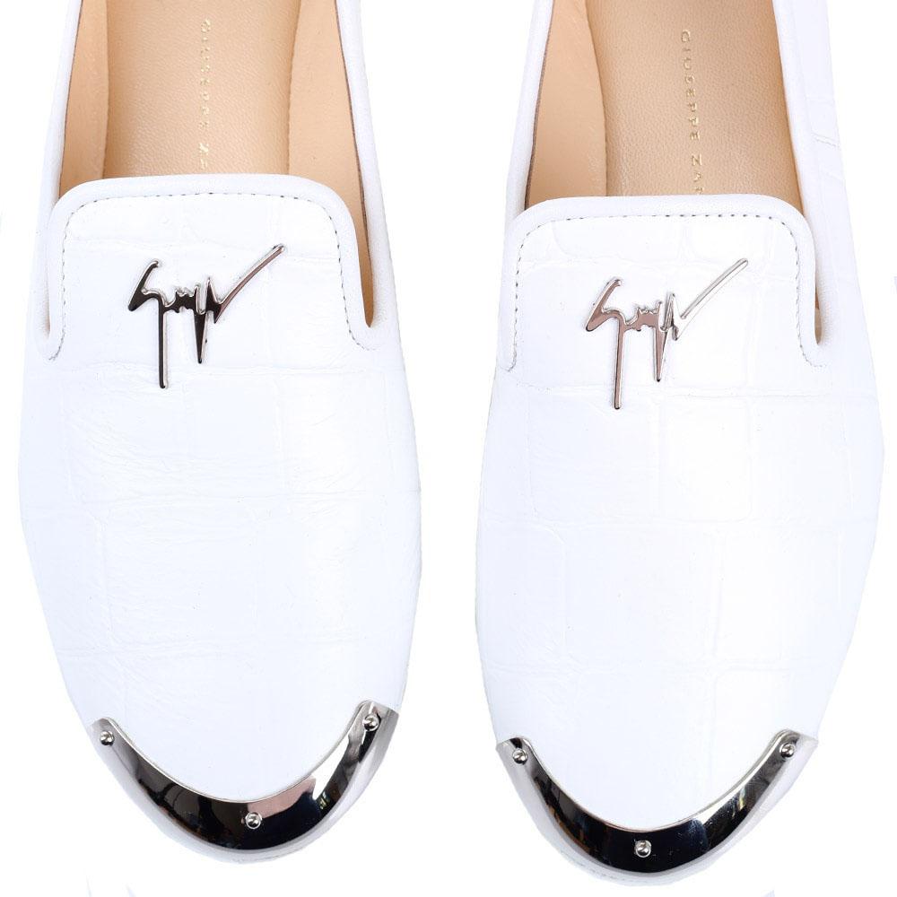 Туфли на плоском ходу Giuseppe Zanotti белого цвета из тисненной кожи