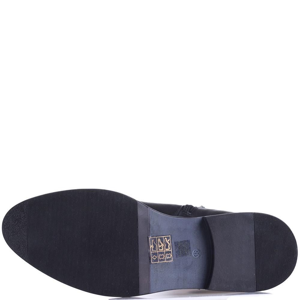 Черные сапоги Tosca Blu на низком каблуке