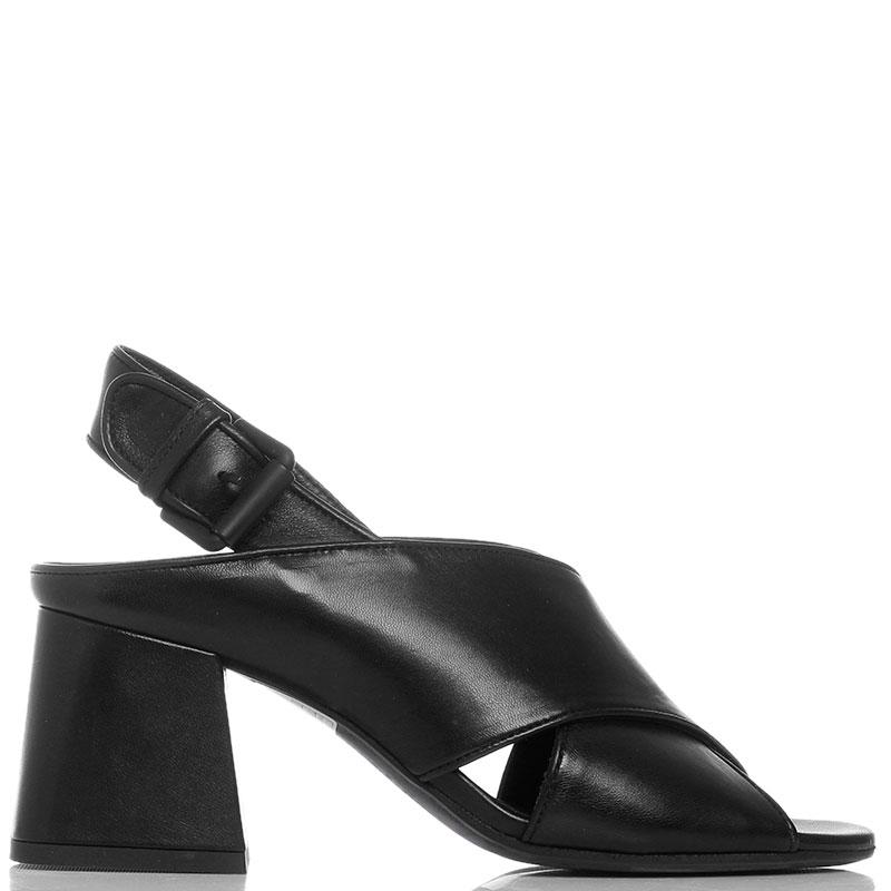 Босоножки черные Vic Matie на устойчивом каблуке