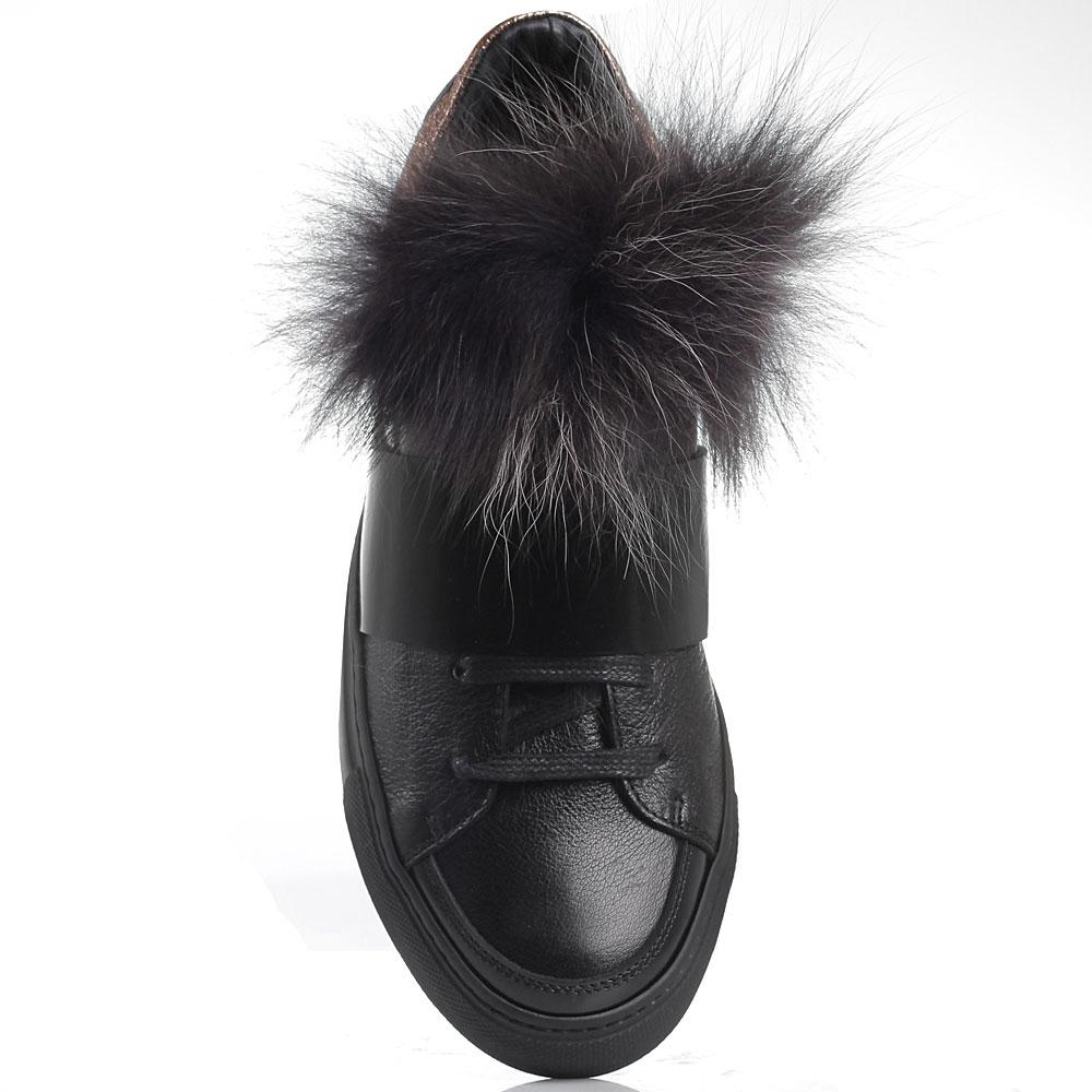 Черные кожаные кеды с брендовой надписью Iceberg декорированные мехом