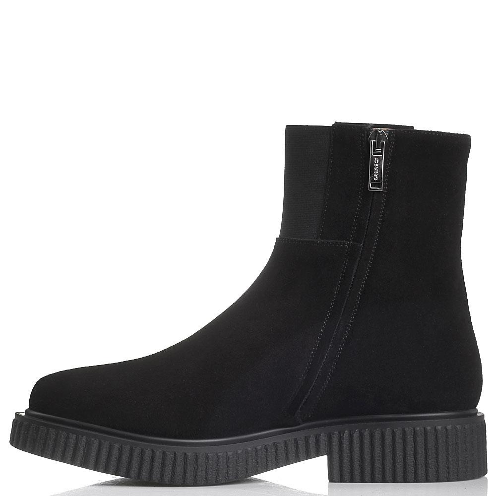Замшевые черные ботинки Iceberg на платформе