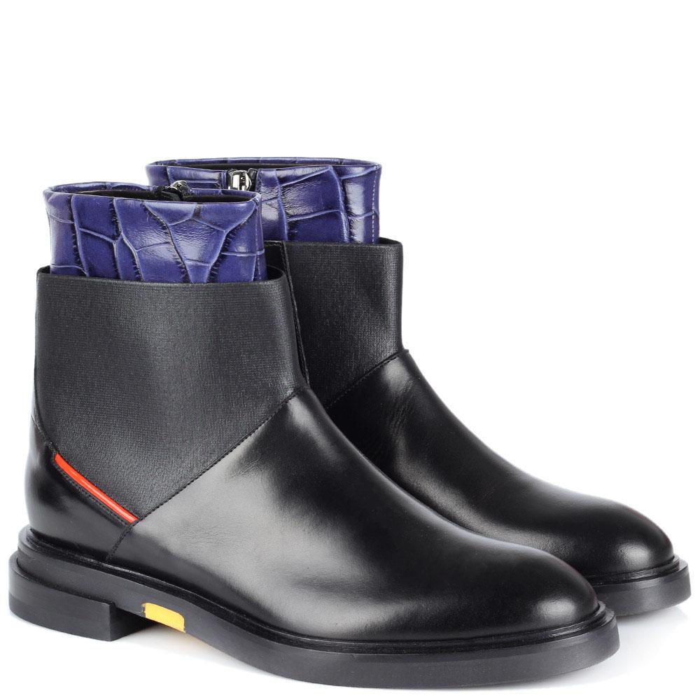 Кожаные ботинки на молнии и резинке Iceberg с тиснеными под рептилию деталями