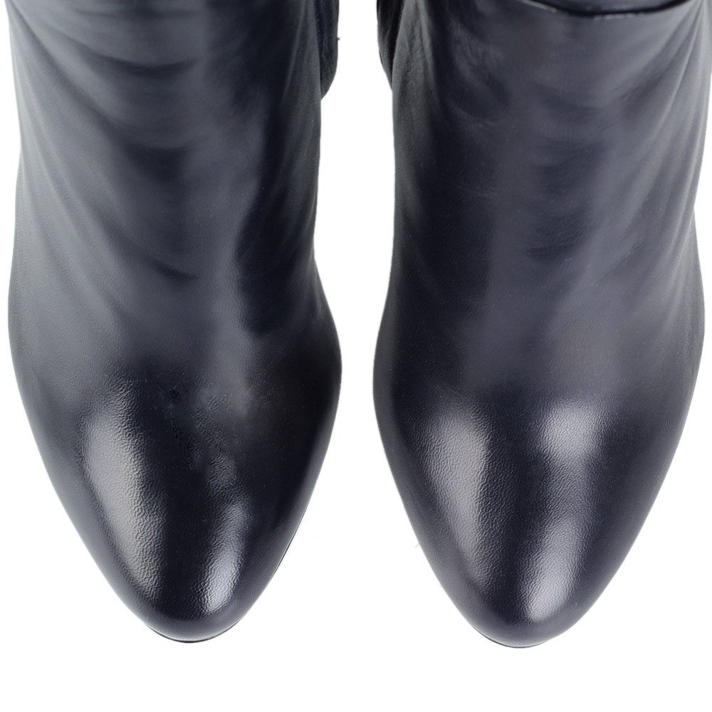 Кожаные зимние сапоги Nando Muzi черного цвета на шпильке