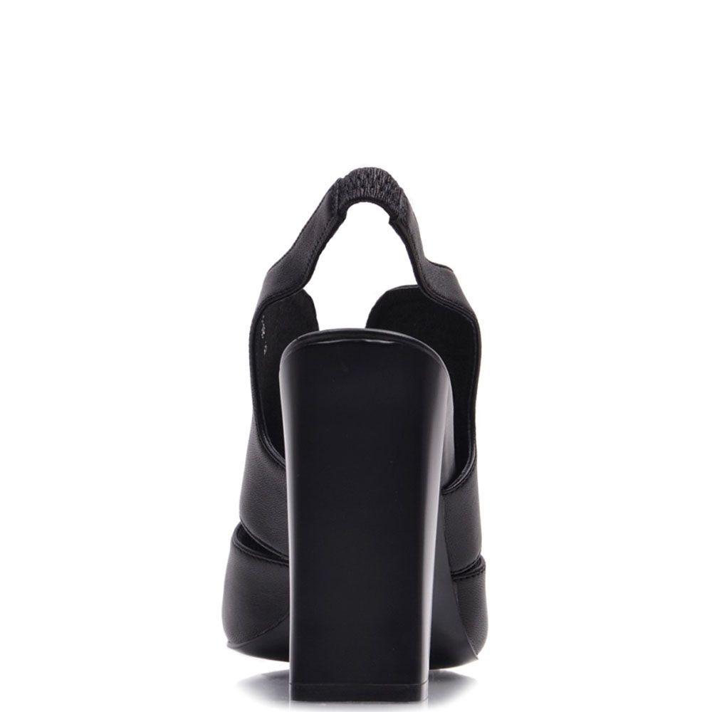 Босоножки Prego из натуральной кожи черного цвета с открытым носочком