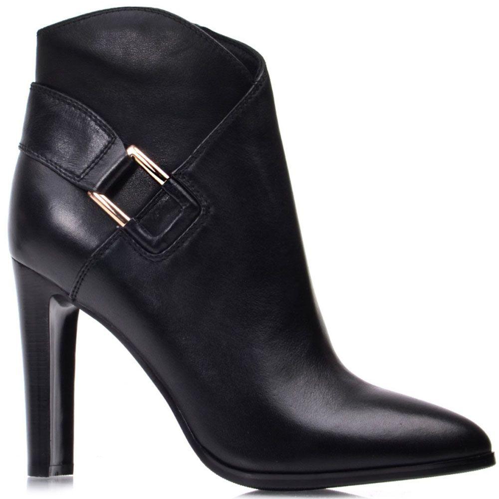 Ботильоны Prego из кожи черного цвета украшенные ремешком на высоком каблуке