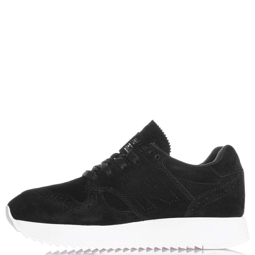Черные кроссовки New Balance 520 на толстой подошве