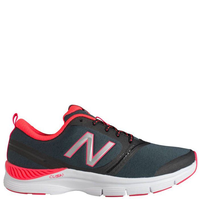 Кроссовки New Balance женские для спортзала черного цвета с розовым