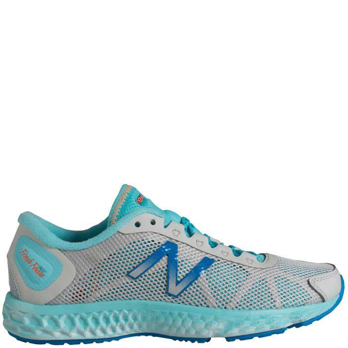 Кроссовки New Balance женские модель 822 голубого цвета