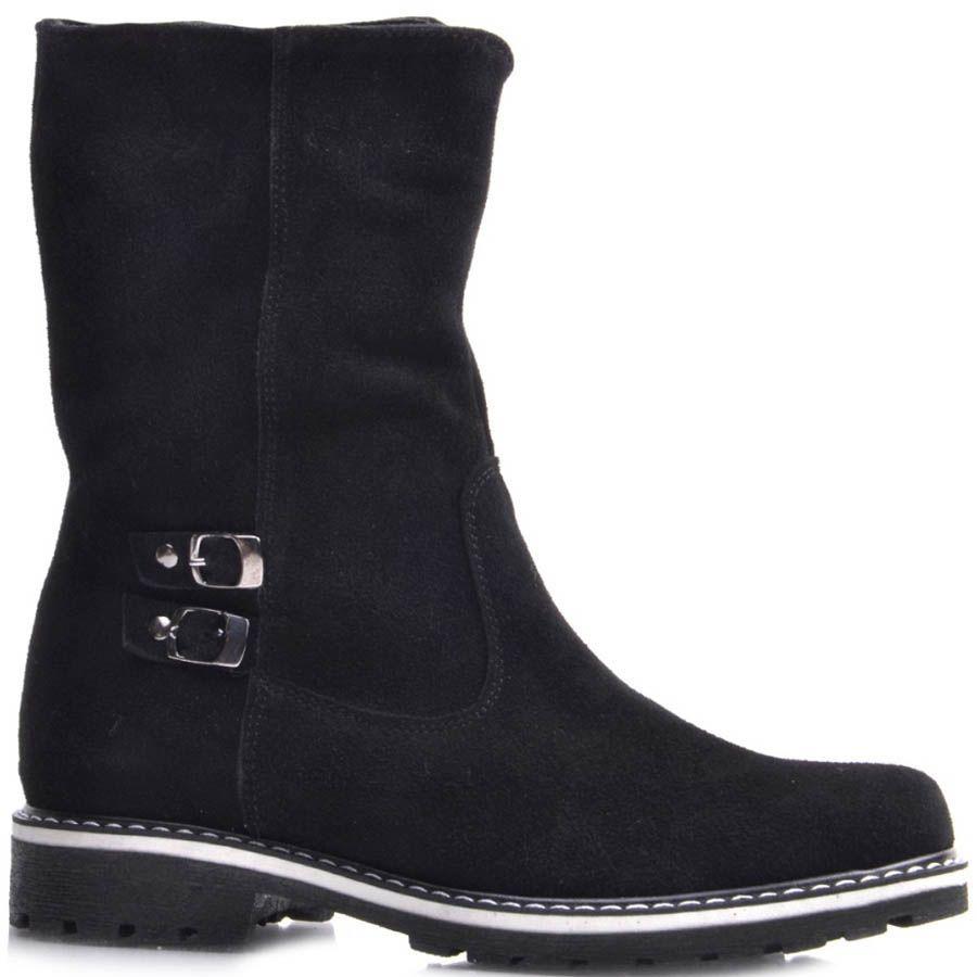 Ботинки Prego зимние черного цвета с декором в виде двух маленьких пряжек и вставкой белого цвета на подошве