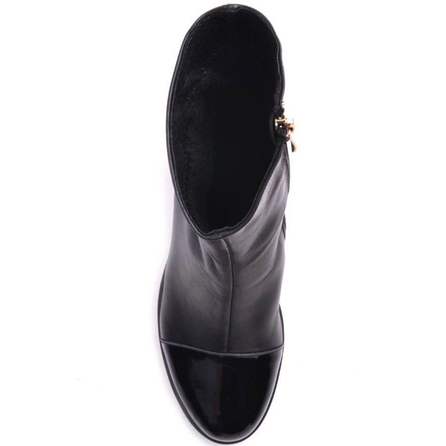 Ботильоны Prego черного цвета с толстым каблуком и лаковым носочком