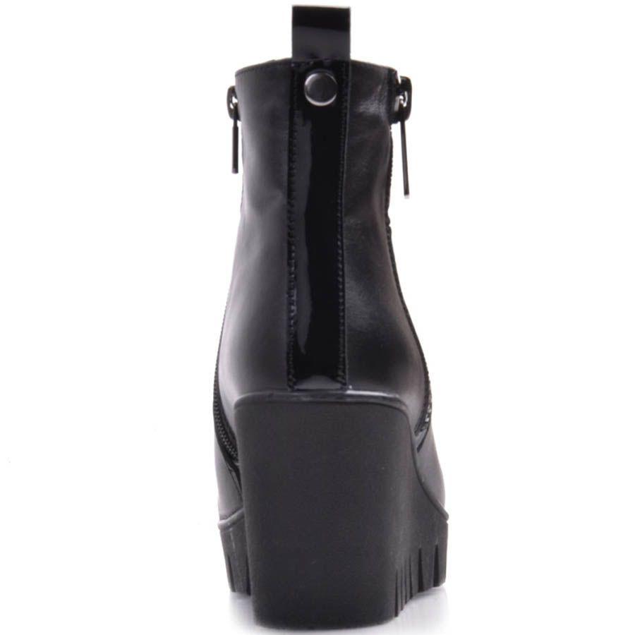 Ботильоны Prego черного цвета из гладкой кожи на танкетке