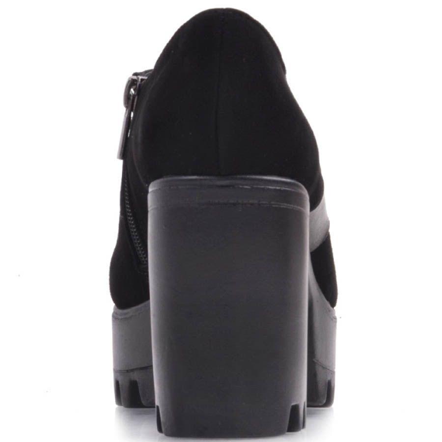 Ботильоны Prego замшевые черного цвета с кожаной перемычкой