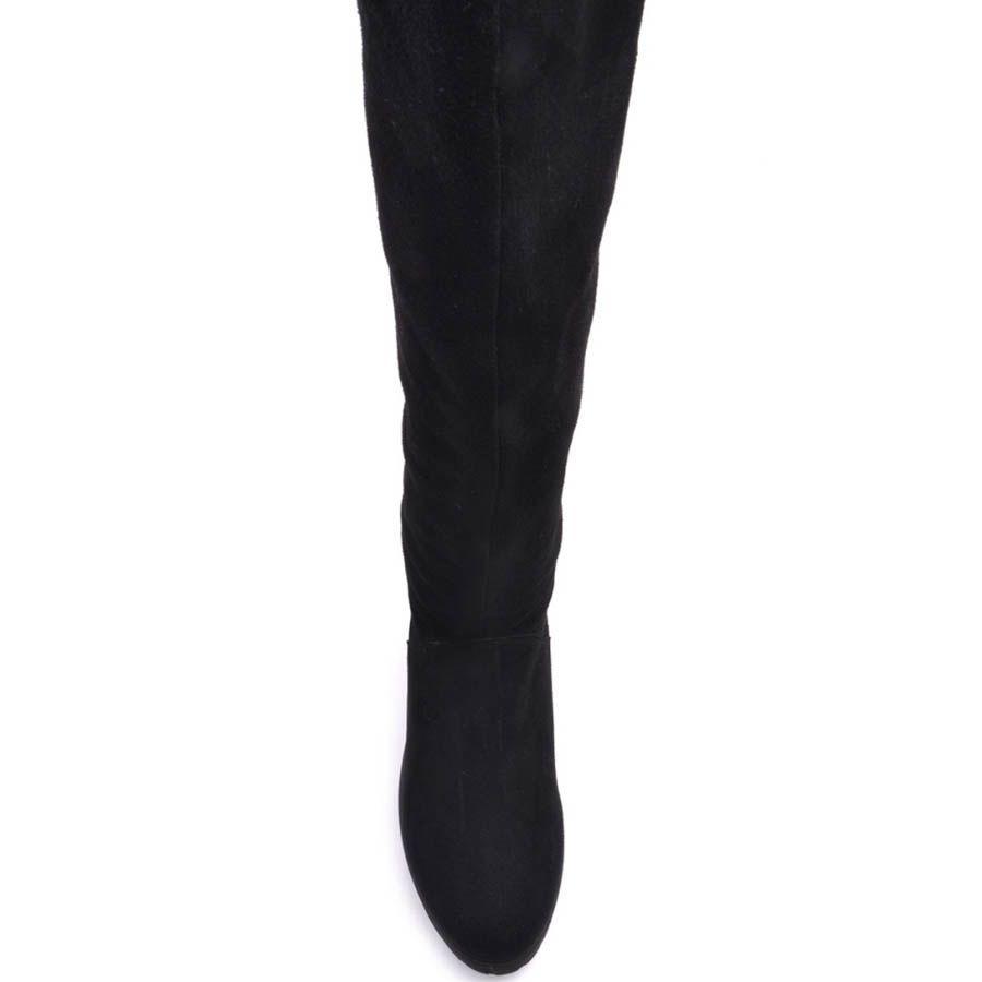 Зимние сапоги Prego замшевые черного цвета на широком каблуке