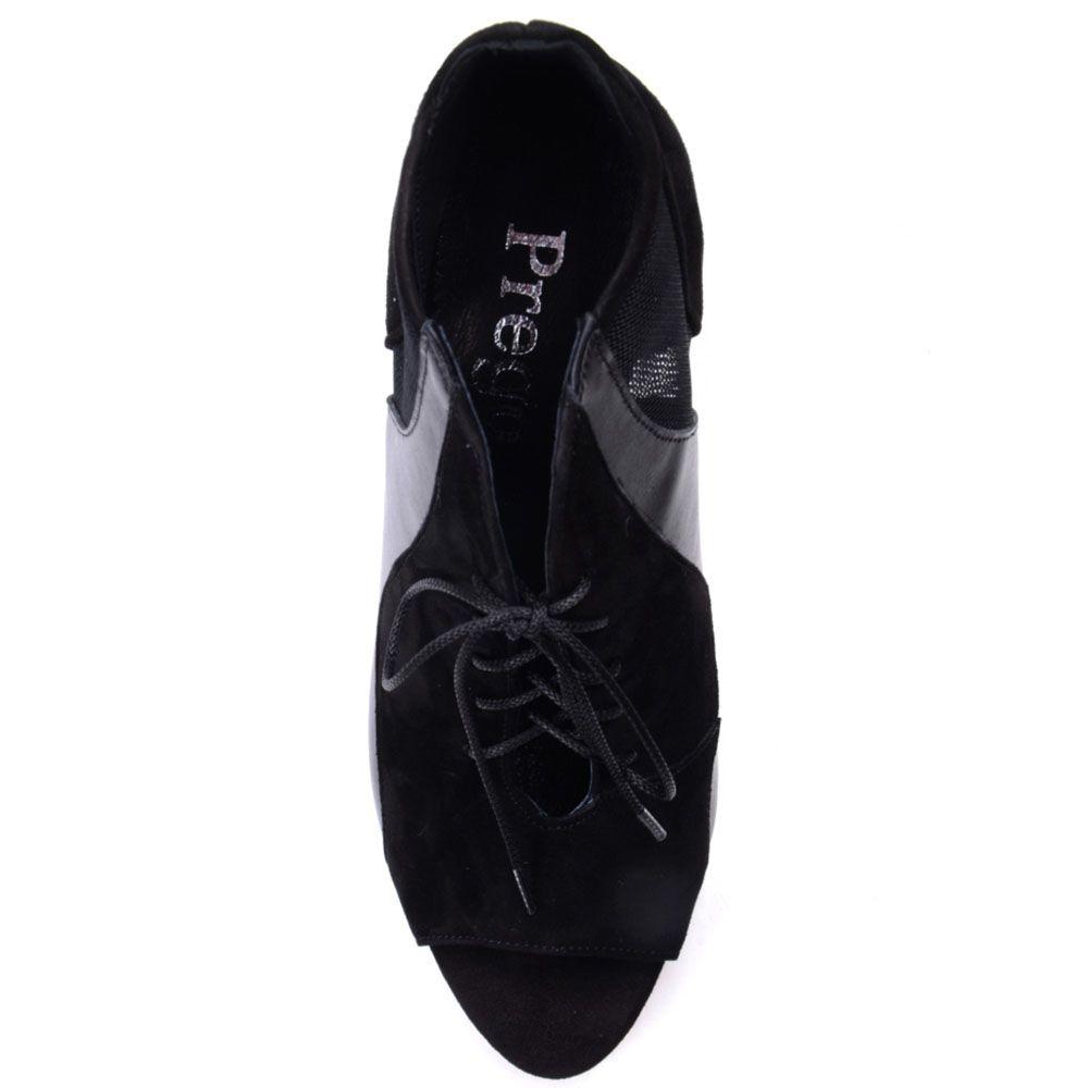 Туфли Prego черного цвета выполнены из натуральной замши и кожи со вставками из текстильной сеточки