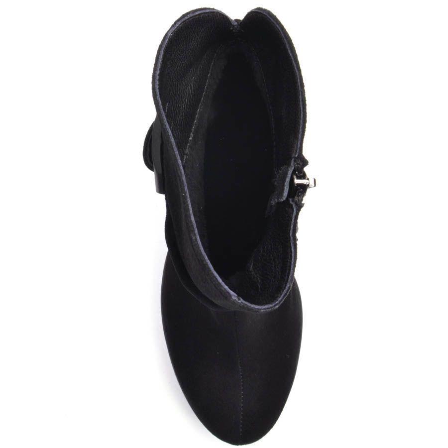 Ботильоны Prego замшевые черного цвета на толстом каблуке с рельефной танкеткой и широким ремешком с черной пряжкой вокруг шикол