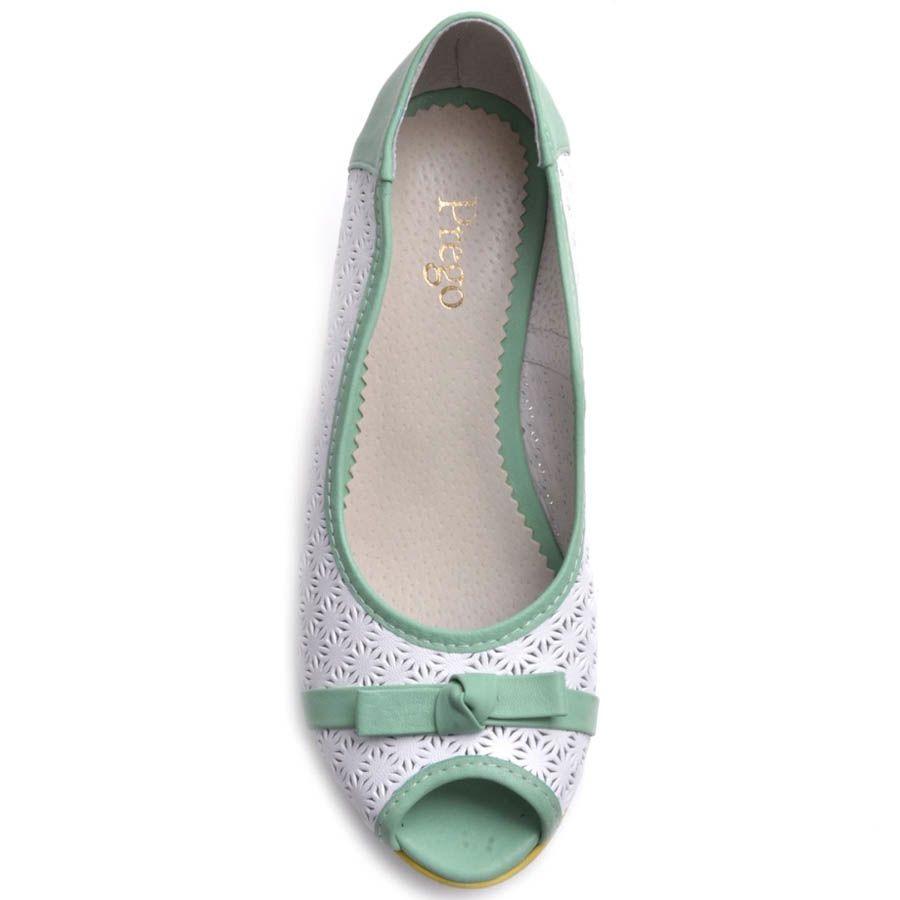 Туфли Prego на платформе с перфорацией и открытым носочком