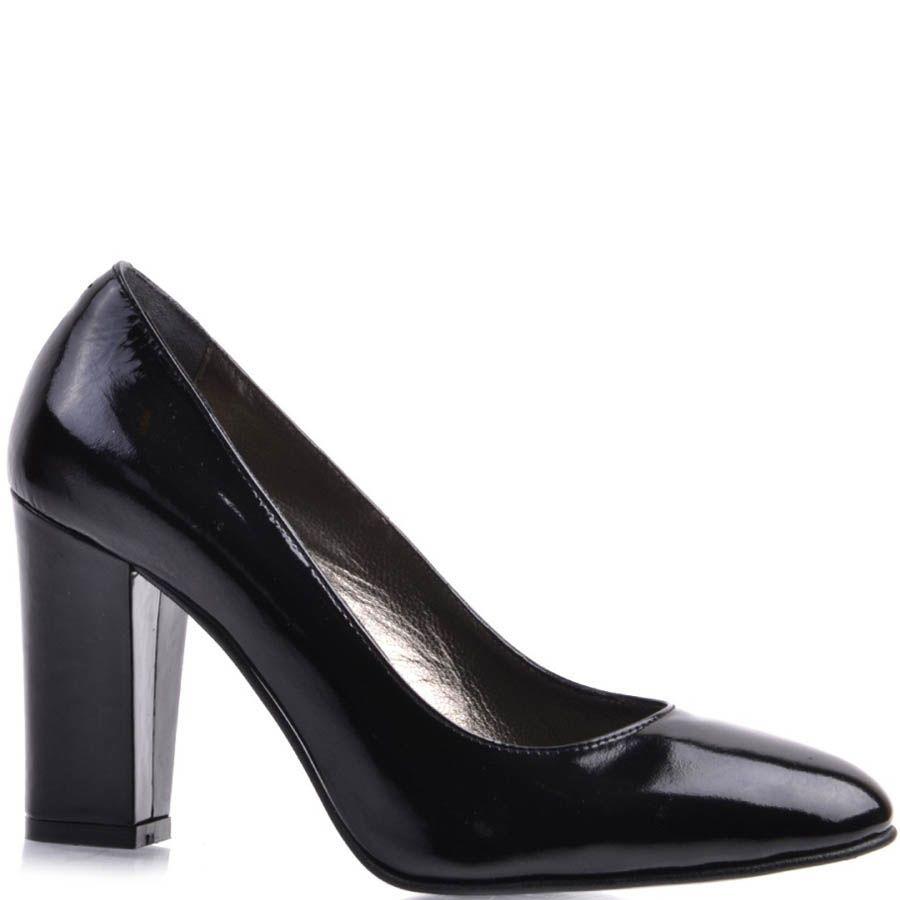 Туфли Prego классические черного цвета лаковые на устойчивом каблуке