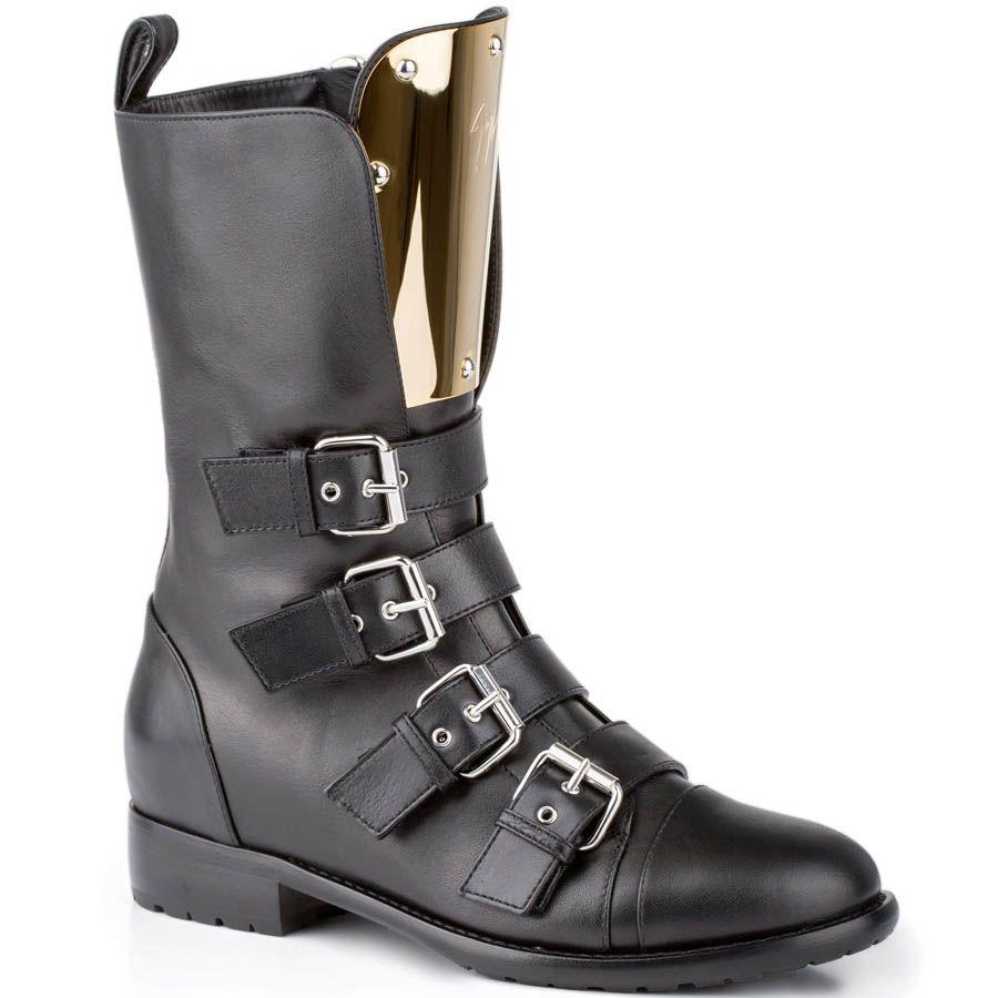 Ботинки Giuseppe Zanotti черного цвета с золотистой пластикой на язычке