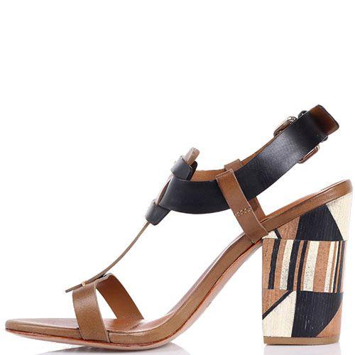Босоножки Vicenza из геометричных деталей кожи и абстрактным рисунком на каблуке, фото