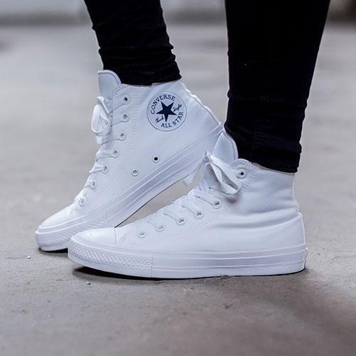 Высокие кеды Converse Chuck II белого цвета, фото