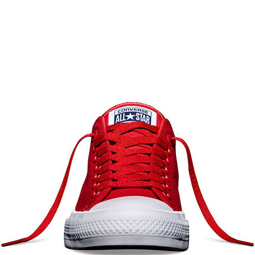 Низкие красные кеды Converse Chuck II с белой подошвой, фото