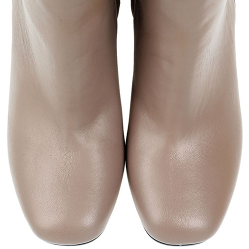 Кожаные бежевые сапоги Bianca Di на устойчивом каблуке, фото