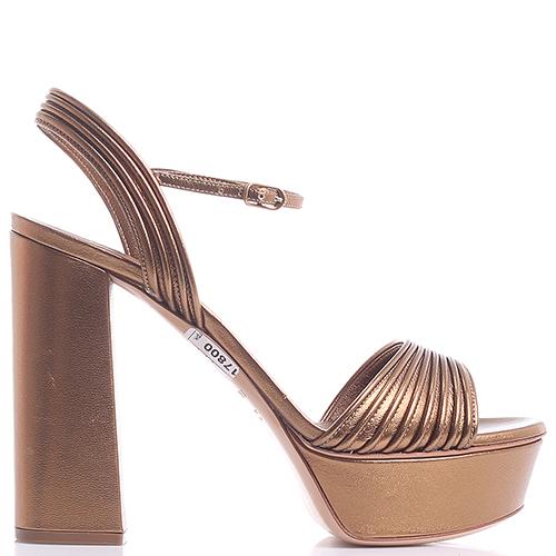 Золотистые босоножки Casadei на платформе и высоком каблуке, фото