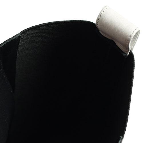 Ботинки Casadei белого цвета на шнуровке, фото