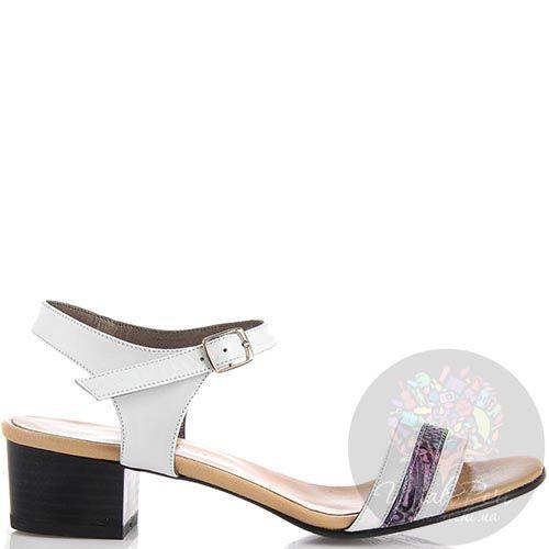 Босоножки Nuovi Artigiani из кожи белого цвета с фиолетовой полоской, фото