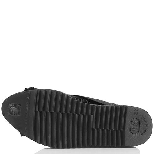 Женские кроссовки Laura Bellariva без шнуровки с бахромой, фото