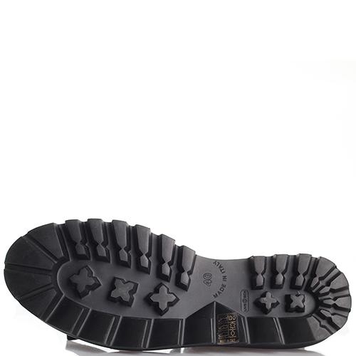 Ботинки черного цвета Laura Bellariva на структурной подошве, фото