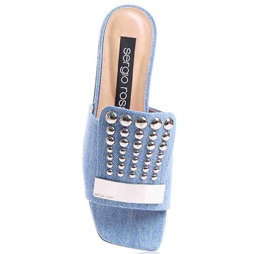Шлепанцы Sergio Rossi с джинсовым верхом и декором-заклепками, фото