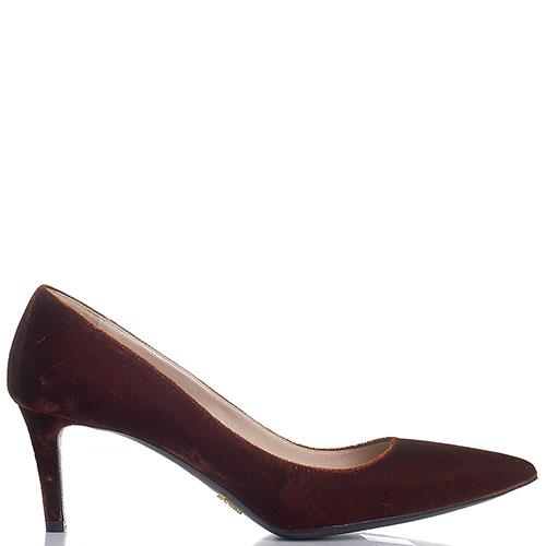 Коричневые велюровые туфли Prada с острым носком, фото