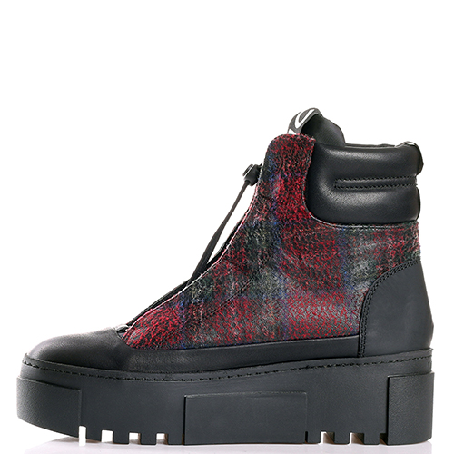 Ботинки Vic Matie на платформе черного цвета, фото