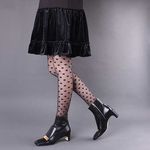 Черные ботильоны Sergio Rossi с золотистым декором на носке, фото