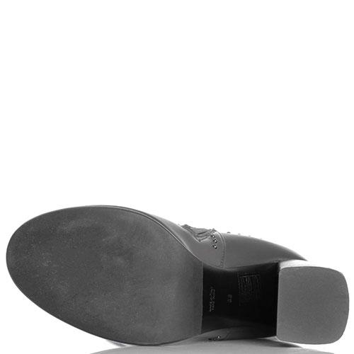 Ботфорты из кожи серого цвета Hestia Venezia декорированные заклепками, фото
