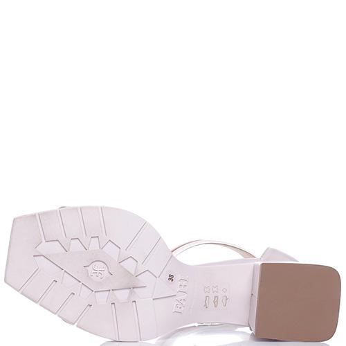 Пудровые босоножки Fabi на толстом каблуке, фото