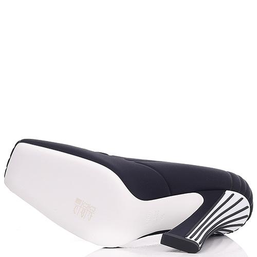 Черные туфли Fendi на высоком каблуке, фото